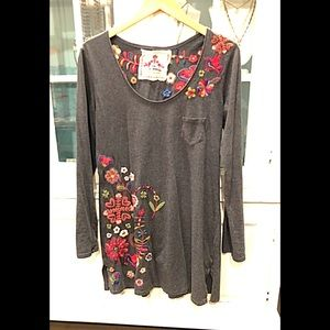 Johnny Was Embroidered Gray Cotton Knit Tunic